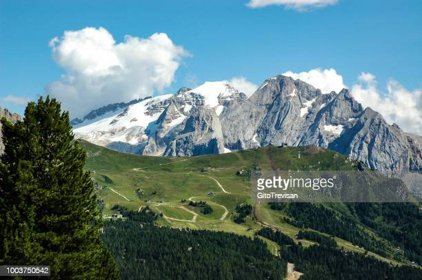 mountain landscape of the venetian dolomites,5 - belluno stock pictures, royalty-free photos & images