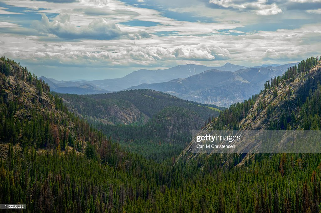 Mountain pass View from Beartooth Highway : Stock Photo