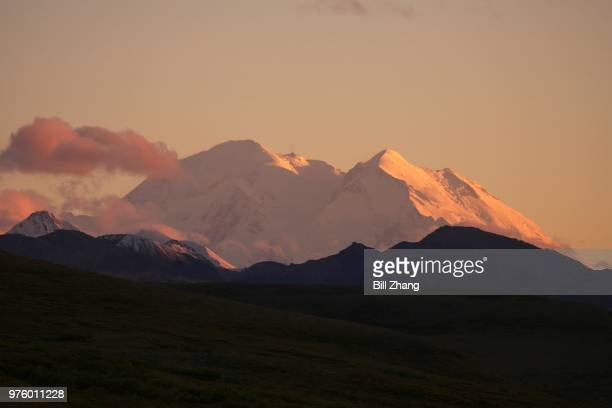mountain peak, denali national park, alaska, usa - mt mckinley stock photos and pictures