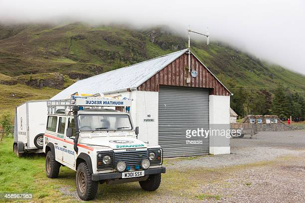 mountain rescue landrover - theasis stock pictures, royalty-free photos & images