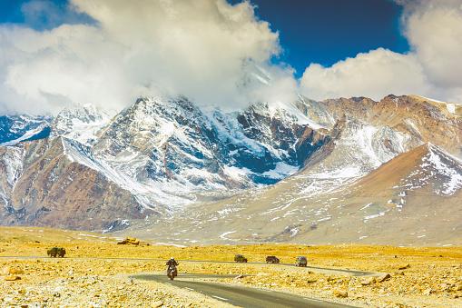 A mountain road in North SIkkim near Gurudongmar Lake - gettyimageskorea