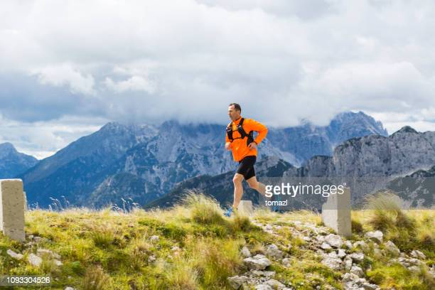 mountain running - running shorts stock pictures, royalty-free photos & images
