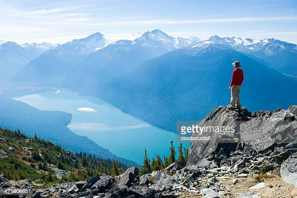 mountain solitude - garibaldi park stock pictures, royalty-free photos & images