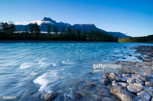 mountain sunrise - british columbia stock pictures, royalty-free photos & images