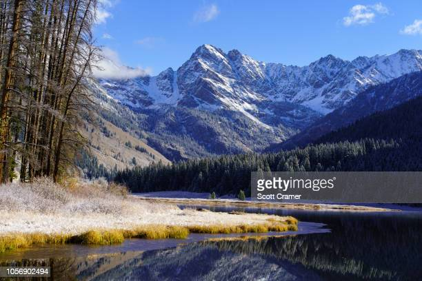 mountain views winter vail - gore range stock photos and pictures