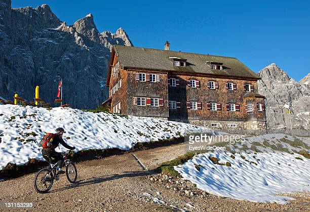 Mountainbike and hiking tour to the mountainhut Falkenhuette at the mountain Laliderer Spitze in the Karwendel mountains on September 22 2011 in...