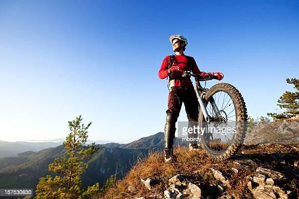 Mountainbiker auf top