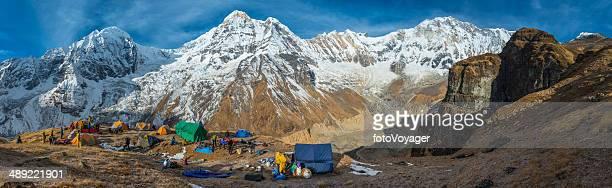 Bergsteigen expedition base camp panorama high im Himalaja Annapurna-Nepal