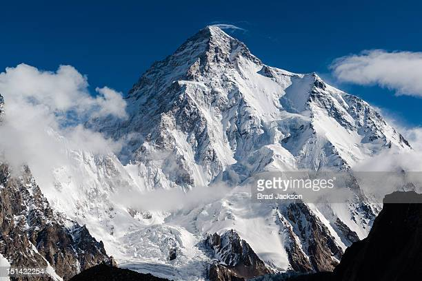 mountaineer's mountain - himalaya foto e immagini stock