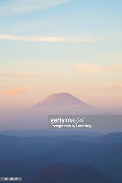 mountains - mount semeru, indonesia - mt semeru stock pictures, royalty-free photos & images