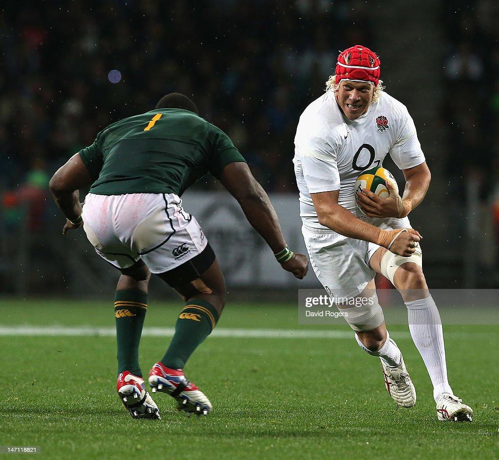 South Africa v England - Third Test : News Photo