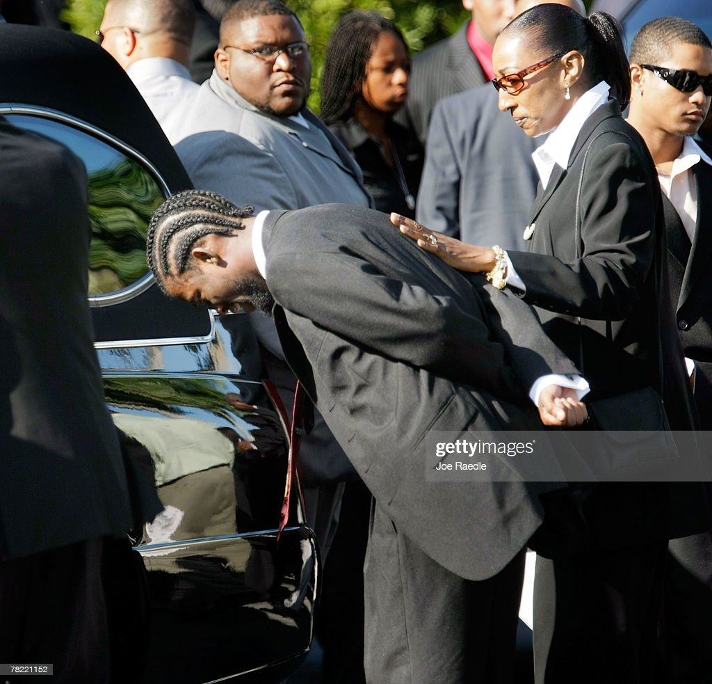 Sean Taylor Funeral : News Photo