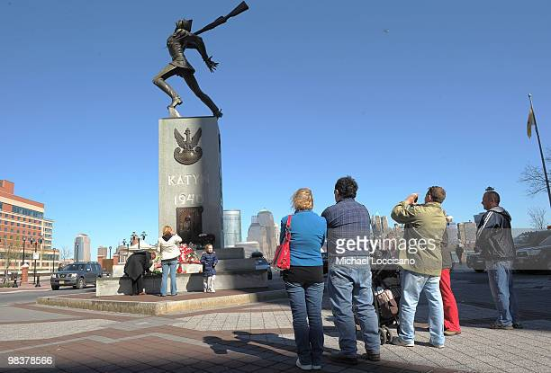 Mourners and observers visit the Katyn Memorial on April 10 2010 in Jersey City New Jersey Early Saturday morning Polish President Lech Kaczynski...