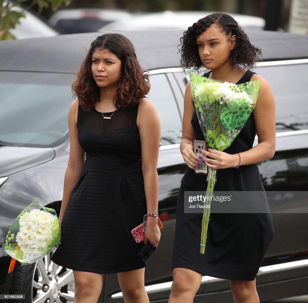 Funerals Held For Victims Of Parkland, FL High School Shooting : Foto di attualità