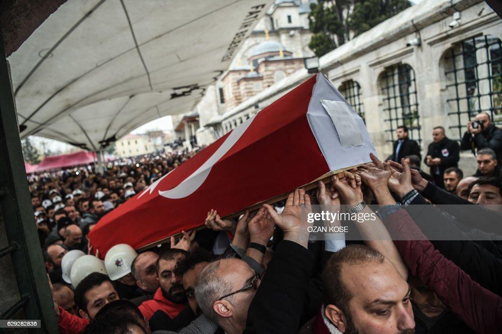 TOPSHOT-TURKEY-BLAST : News Photo