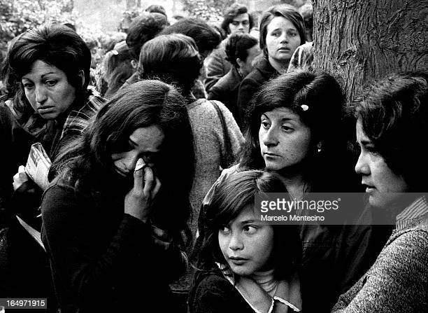 Mourners gather in the General Cemetery in Santiago, Chie on September 23, 1973 to say goodbye to Pablo Neruda.