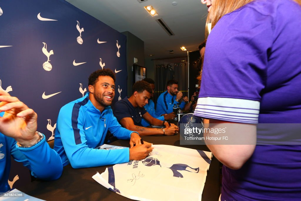 Mousa Dembele of Tottenham Hotspur FC signs autographs for fans during a visit to Nike Town on Tottenham Hotspur Pre-Season Tour to the US on July 23, 2017 in New York, New York.
