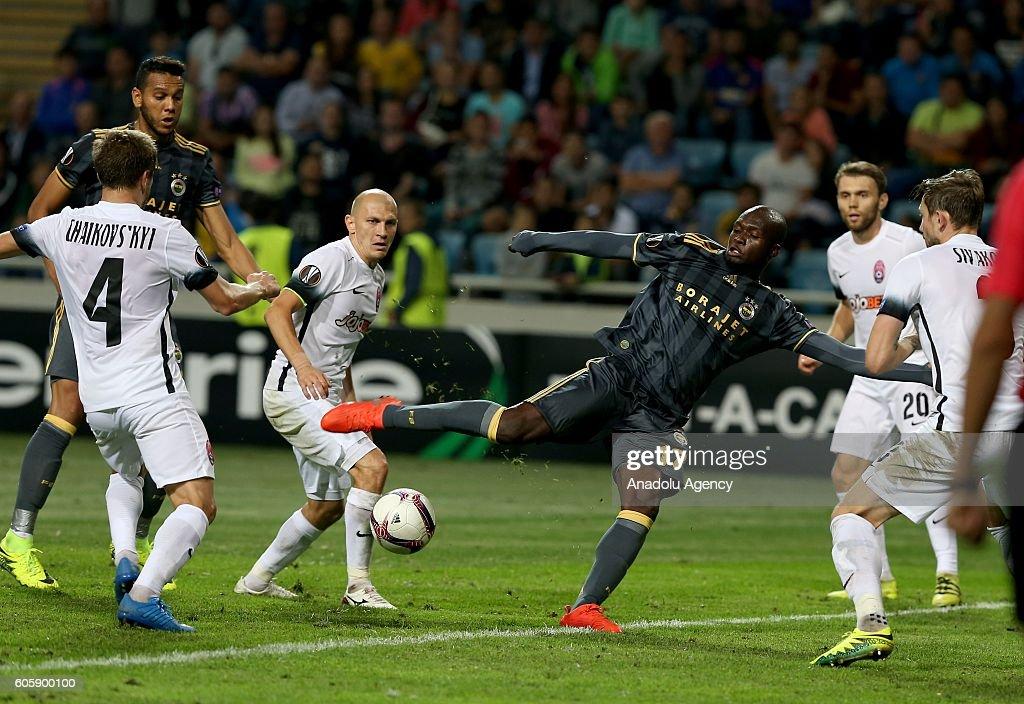 UEFA Europa League - FC Zorya Luhansk vs Fenerbahce : News Photo