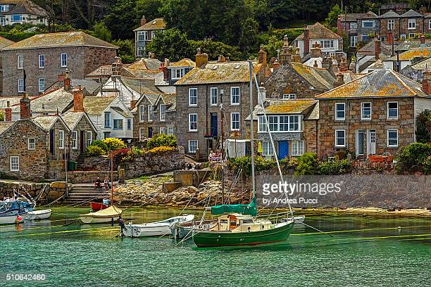 mousehole, cornwall, united kingdom - cornwall england stock pictures, royalty-free photos & images