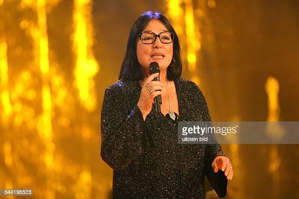 Mouskouri Nana *Saengerin Griechenland Auftritt in der TVSendung Willkommen bei Carmen Nebel