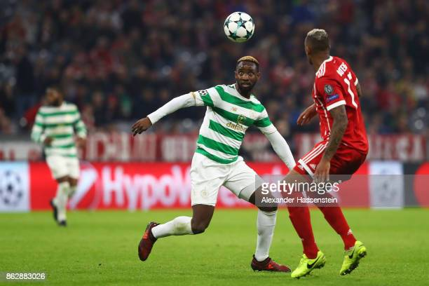 Moussa Dembele of Celtic watches the ball during the UEFA Champions League group B match between Bayern Muenchen and Celtic FC at Allianz Arena on...