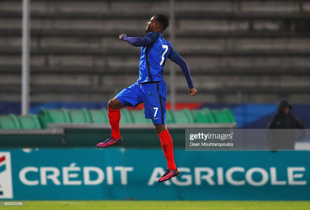 Moussa Dembele of France U21 (7) celebrates as he scores their second goal from a free kick during the U21 international friendly match between France and England at Stade Robert Bobin on November 14, 2016 in Paris, France.