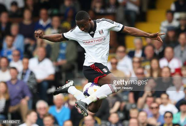 Moussa Dembele of Fulham controls the ball during the Barclays Premier League match between Fulham and Everton at Craven Cottage on March 30 2014 in...