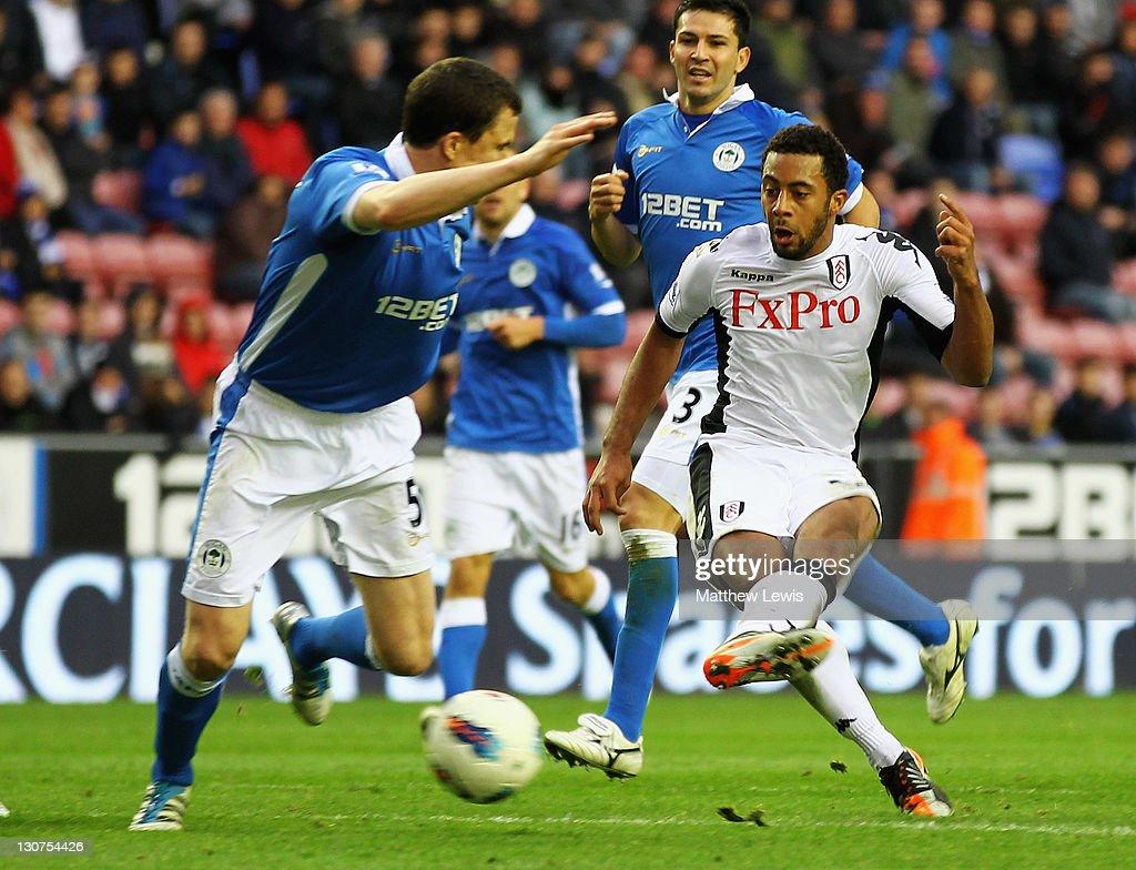 Wigan Athletic v Fulham - Premier League : News Photo