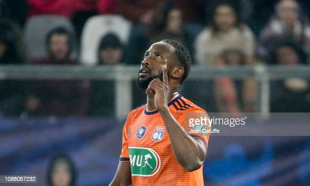 Moussa Dembele of Lyon celebrates his goal during the French Cup match between Amiens SC and Olympique Lyonnais at Stade de la Licorne on January 24...