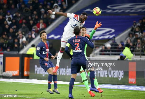 Moussa Dembele of Lyon scores his goal beating goalkeeper of PSG Alphonse Areola during the french Ligue 1 match between Olympique Lyonnais and Paris...