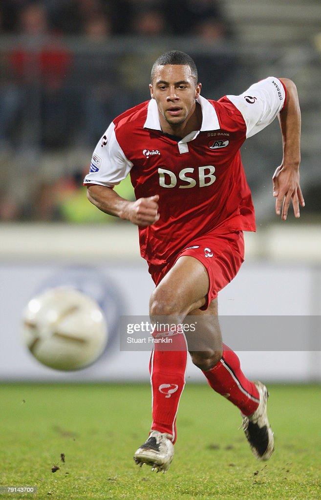 Heerenveen v AZ Alkmaar : News Photo