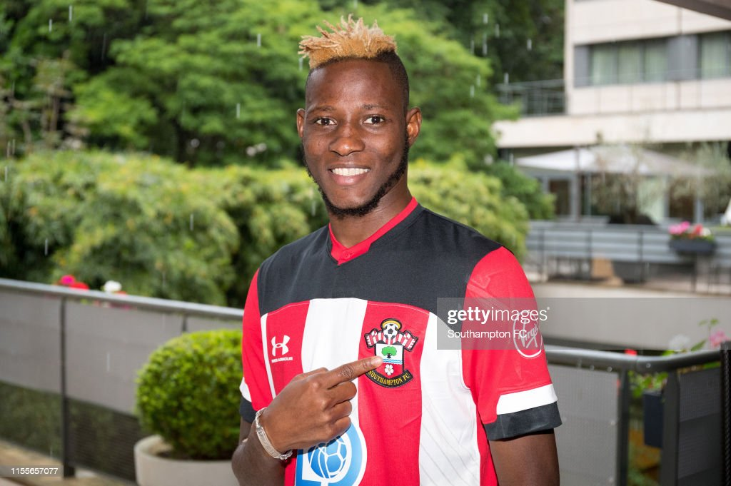 Southampton Unveil New Signing Moussa Djenepo : News Photo