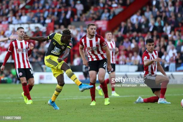 Moussa Djenepo of Southampton scores a goal to make it 0-1 during the Premier League match between Sheffield United and Southampton FC at Bramall...