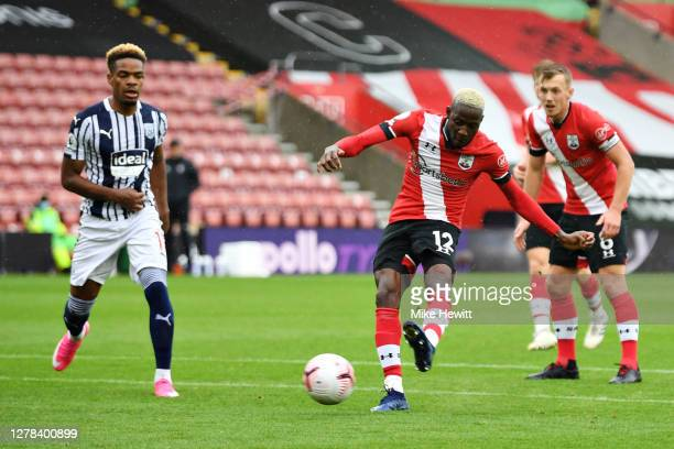 Moussa Djenepo of Southampton scores his team's first goal during the Premier League match between Southampton and West Bromwich Albion at St Mary's...