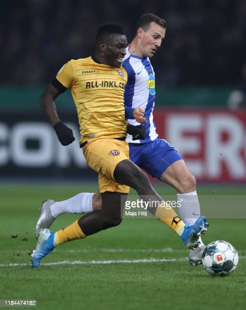Moussa Kone of Dynamo Dresden scores his team's first goal during the DFB Cup second round match between Hertha BSC and Dynamo Dresden at...