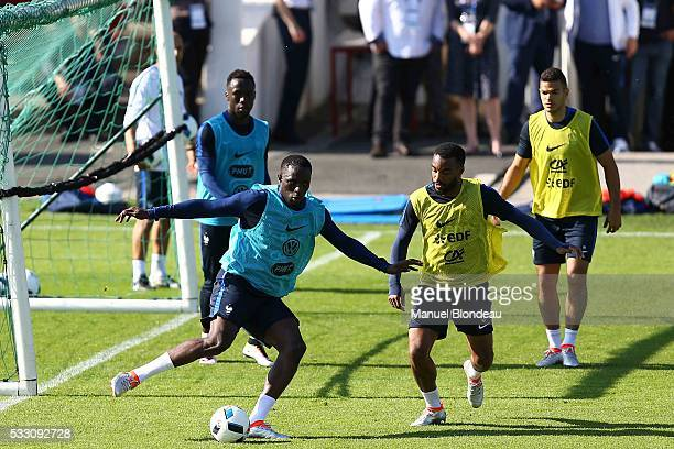 Moussa Sissoko of France during a training session during the preparation on the French football Team for Euro 2016 on May 20 2016 in Biarritz France