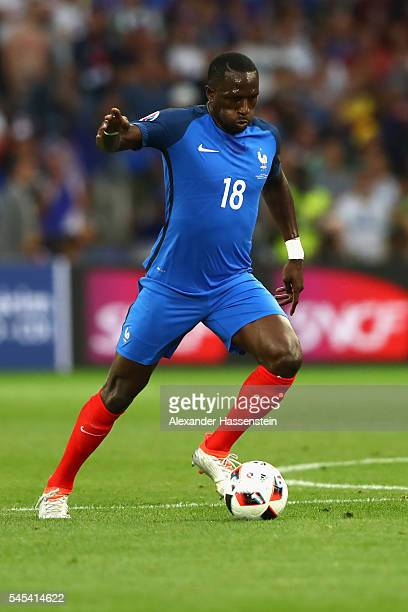 Moussa Sissoko of France runs with the ball during the UEFA EURO 2016 semi final match between Germany and France at Stade Velodrome on July 7 2016...