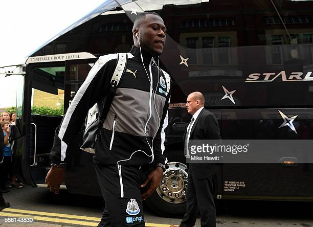 Moussa Sissoko of Newcastle arrives at the ground ahead of the Sky Bet Championship match between Fulham and Newcastle United at Craven Cottage on...