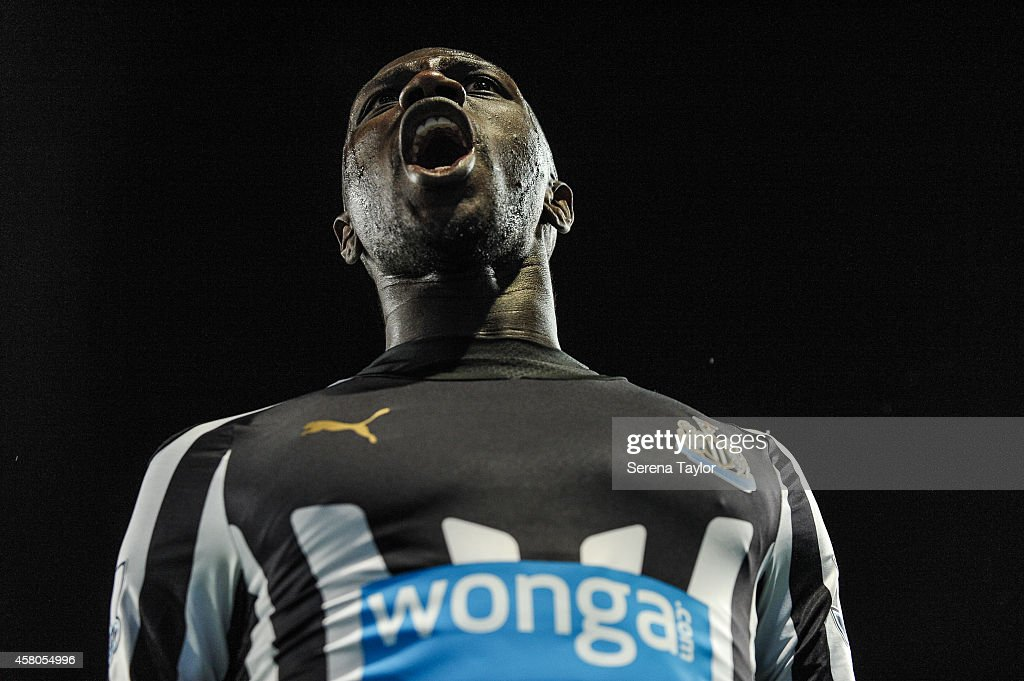 Moussa Sissoko of Newcastle celebrates after scoring the second goal during the Capital One Cup Fourth Round match between Manchester City and Newcastle United at The Etihad Stadium on October 29, 2014, in Manchester, England.