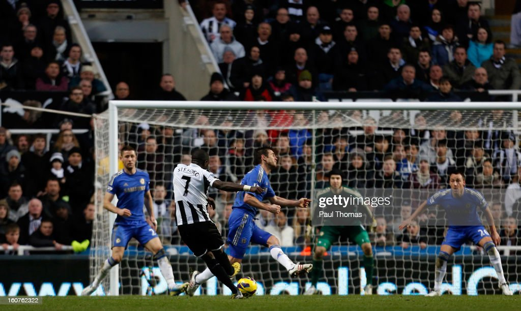 Moussa Sissoko (2nd L) of Newcastle shoots to score this sides third goal during the Premier League match between Newcastle United and Chelsea at St James Park on February 2, 2013 in Newcastle, England.