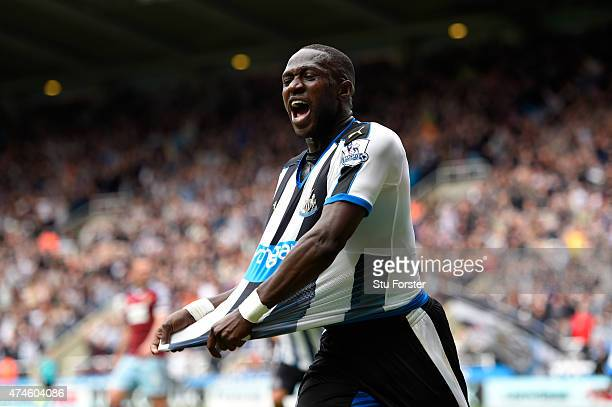 Moussa Sissoko of Newcastle United celebrates scoring his team's first goal during the Barclays Premier League match between Newcastle United and...