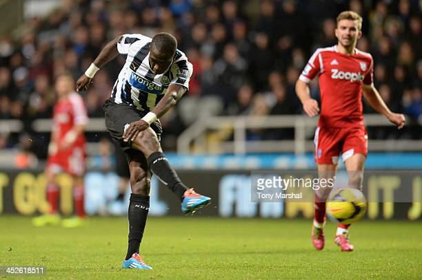 Moussa Sissoko of Newcastle United scores his team's second goal during the Barclays Premier League match between Newcastle United and West Bromwich...