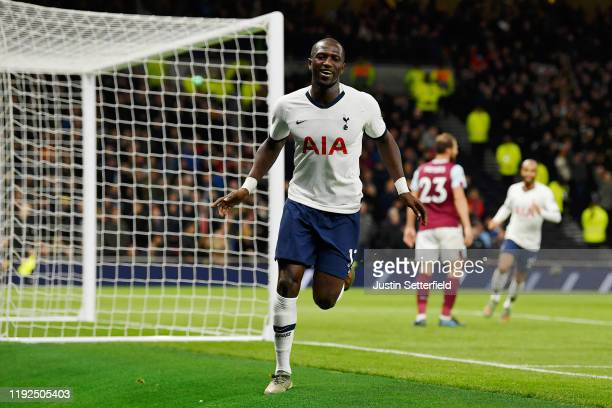 Moussa Sissoko of Tottenham Hotspur celebrates after scoring his team's fifth goal during the Premier League match between Tottenham Hotspur and...