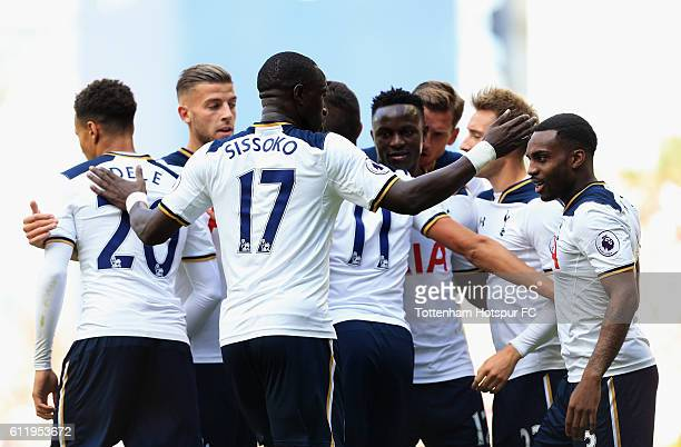 Moussa Sissoko of Tottenham Hotspur celebrates with his Tottenham Hotspur team mates after Aleksander Kolorov of Manchester City scored a own goal to...
