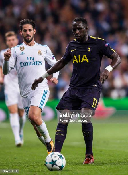 Moussa Sissoko of Tottenham Hotspur FC fights for the ball with Isco Alarcon of Real Madrid during the UEFA Champions League 201718 match between...