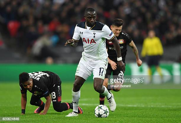 Moussa Sissoko of Tottenham Hotspur takes on Wendell of Bayer Leverkusen during the UEFA Champions League Group E match between Tottenham Hotspur FC...