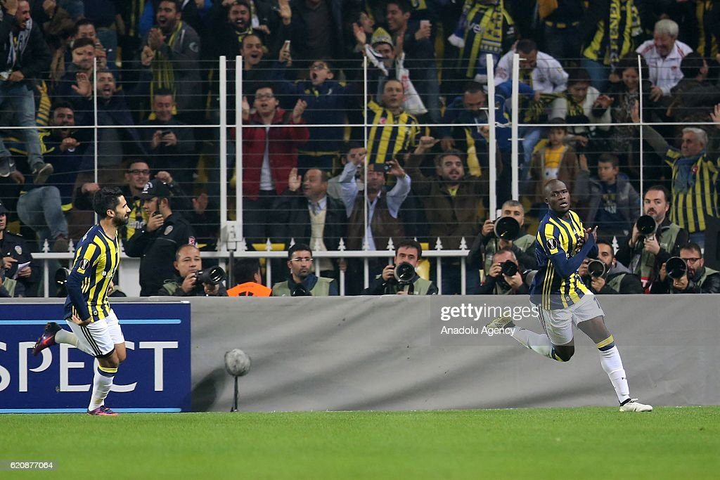 Fenerbahce vs Manchester United - UEFA Europa League : News Photo