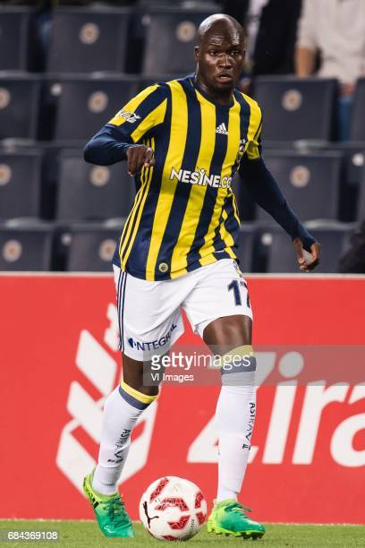 Moussa Sow of Fenerbahce SKduring the Turkish Spor Toto Super Lig football match between Fenerbahce and Medipol Basaksehir FK on May 17 2017 at the...