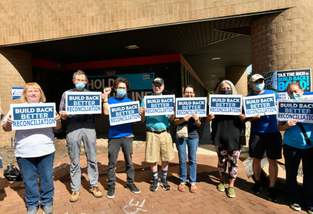 """NJ: """"Hold The Line To Build Back Better"""" Rally At Rep. Josh Gottheimer's Office"""