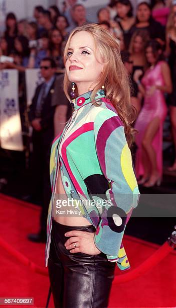 Movie Awards held at Sony Pictures in Culver City June 3 2000 Photos of arrivials with a look at fashion Photo of actress Mena Suvari of 'American...